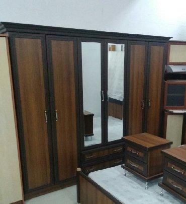 деревянная спальня в Азербайджан: 6 qapılı türk istehsalı dolab təzə kimi qalıb heç bir problemi yoxdur