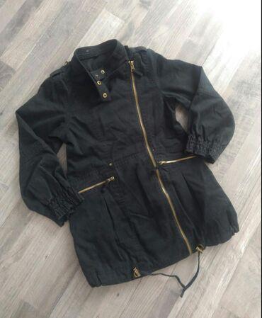 Пальто из Германии на тоненьком подкладке на девочку от 7 до 9 лет