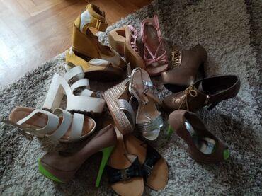 Skechers - Srbija: 7 pari zenskih sandala za 4500 dinProdajem 7 pari ženskih sandala