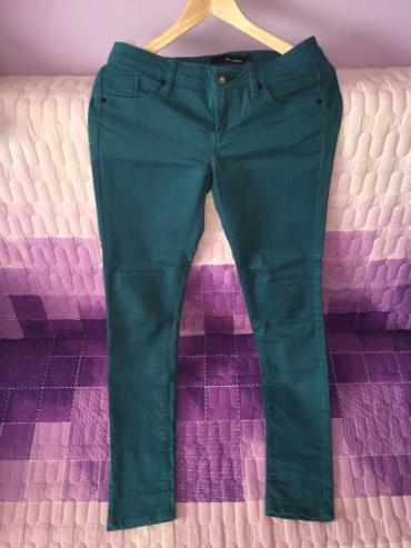 Pantalone su veoma elastične,rastegljive, vel M , nošene možda par - Zajecar