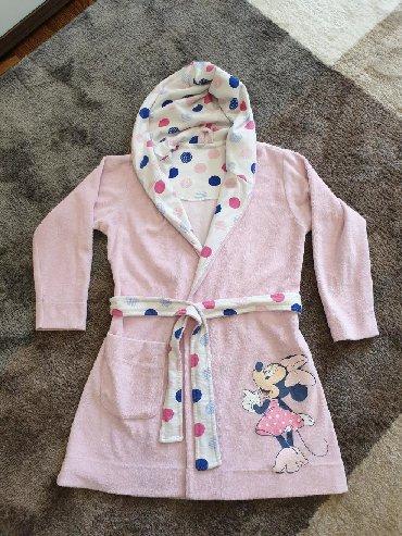 Ostala dečija odeća | Crvenka: Disney bade mantil vel 4. 100 % pamuk (frotir). Bez ikakvih oštećenja