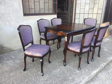 SUPER STANJE Stilski sto i 6 stolica Nameštaj je u veoma očuvanom
