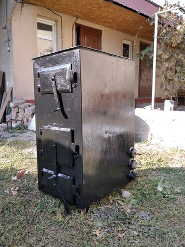 отопление в Кыргызстан: Продаю отопительную печь на 240м2