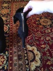 Μποτακια μαυρα 40 νουμ. με χρυση αγκραφα! Made in italy, αναυπατικα!!! σε North & East Suburbs