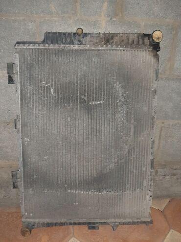 Радиатор от мерса w210 3.2cdi есть трешина на крышке радиатора цена