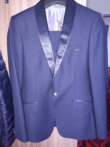 Мужская одежда - Кок-Ой: Продаю смокингтройка.Размер 46,цвет темно-синий.Качество 100%.1 раз