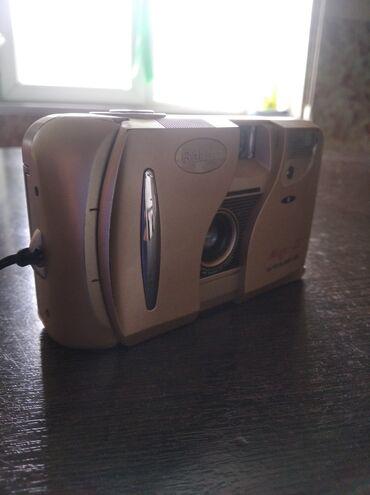 Продаются два фотоаппарата Цену так же ставите сами работает