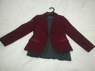 резиновые сапоги детские в Ак-Джол: Школьный костюм для девочки, 32 размер. Оригинал