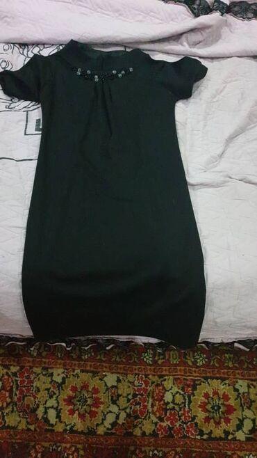 женское коктейльное платье в Кыргызстан: Продаю женское платье б/у