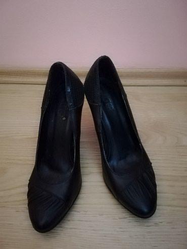Zenske crne cipele u 37 broju malo nosene - Lajkovac