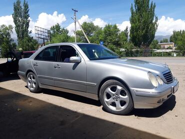 Mercedes-Benz в Тюп: Mercedes-Benz E-Class 3.2 л. 2001