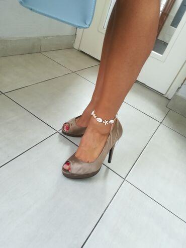 Povoljno - Srbija: Prelepe cipele par puta nošene br 38 Povoljno