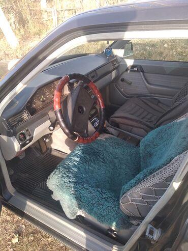 Mercedes-Benz 230 2.3 л. 1988 | 333333333 км