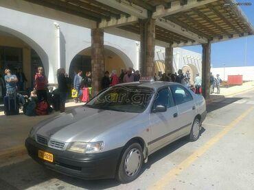 Toyota Carina 2 l. 1998 | 452000 km