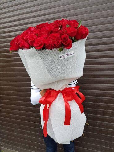 1 метр 101 роза 5500сом1 метр 51 роза 2700сом-Самая выгодная цена