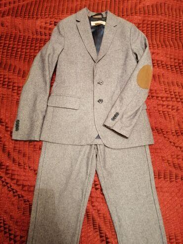 H&M. Одели 1 раз, в отличном состоянии. Размер 9-10 Yrs