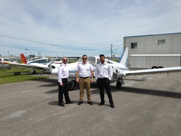 GET YOUR PILOT LICENSE IN 18 MONTHS START A GREAT CAREER σε Central & West Suburbs