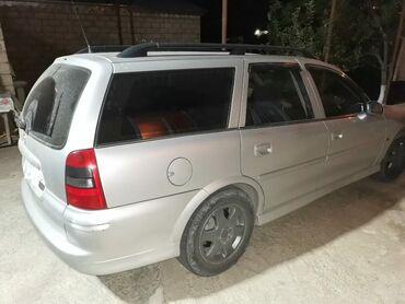 Opel Vectra 1.6 l. 2001