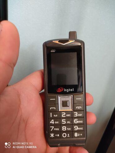 Электроника в Шемахы: Prastoy telfon 3 nömrə kart gedir 40 50 metr işığı vurur teze kimidi