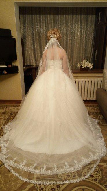 Продаю свадебное платье со шлейфом в Бишкек