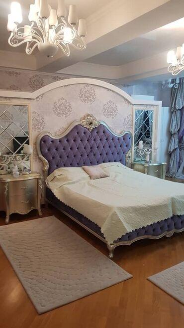 Продается квартира: 3 комнаты, 220 кв. м