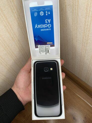 Honda ridgeline 2017 - Кыргызстан: Б/у Samsung Galaxy A3 2017 16 ГБ Черный