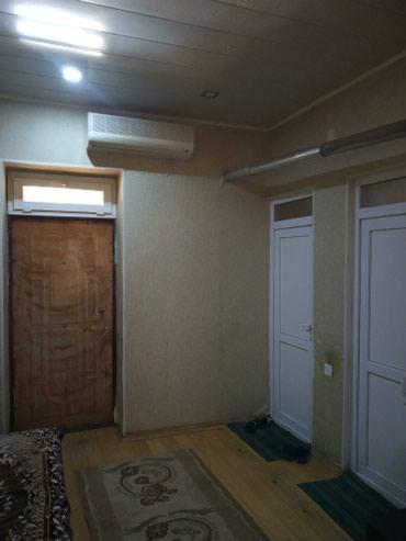 Bakı şəhərində Saray qesebesi Uzumluk massivinde 3 sotun icinde kursulu 3 otagli ev