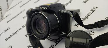 Фото и видеокамеры - Кыргызстан: Классный фотоаппарат снимает на видео и фото работает норма