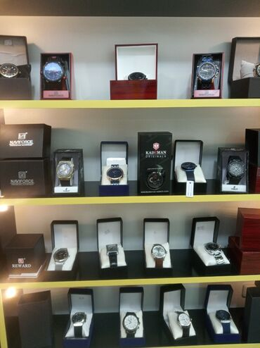 - Azərbaycan: Kişi saatları