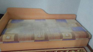 Продаю кровать, внизу есть место для хранения в Бишкек
