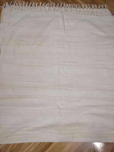 Tekstil - Backa Palanka: Prekrivač za bračni krevet, kupljen i indijskoj prodavnici, slabo