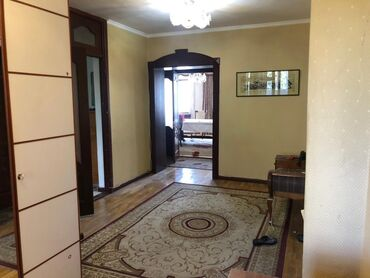сдается 1 комнатная квартира калык акиева in Кыргызстан   ПРОДАЖА КВАРТИР: Индивидуалка, 5 комнат, 230 кв. м Бронированные двери, Кондиционер, Парковка