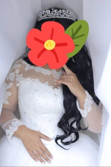 Продаю красивое свадебное платье.покупала за 15000сом.продаю за