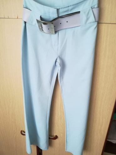 Plave pantalone, nove, sa kaišem. Piše br 34, ali evo dimenzija - Novi Sad