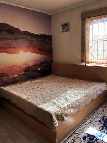 Гарнитуры - Сокулук: Продаю спальный гарнитур ( кровать широкая и шкаф 6 дверный)