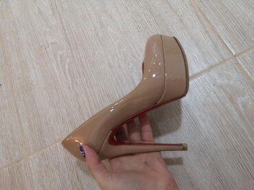 Туфли в хорошем состоянии, удобный каблук. Цена окончательная