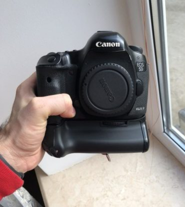 Canon eos 5D mark III +grip ela veziyyetde. Aparatini hec bir problemi в Qusar