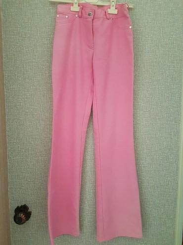 джинсы размер xs в Кыргызстан: Джинсы на худенькую девушку (на размер XS)