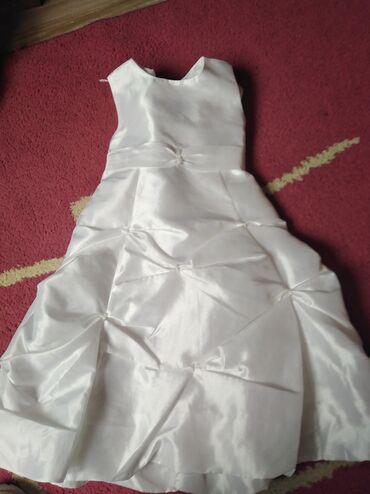 Svecana bela haljinica, vel 3.ocuvana