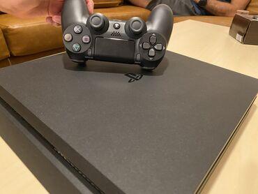 PS4 Slim, 500GB, with wireless dualshock controller, its original