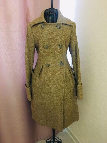 пальто женское зимнее бишкек в Кыргызстан: Продаю абсолютно новое стильное женское твидовое двубортное пальто