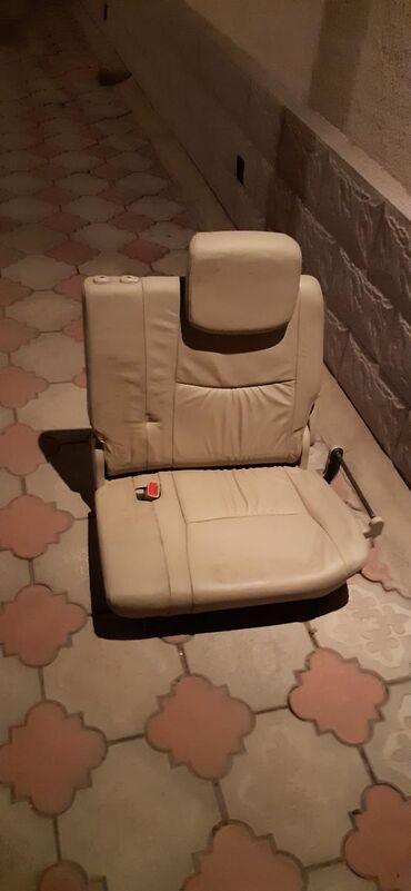 Сиденье 3 ряда, на Lexus LX470