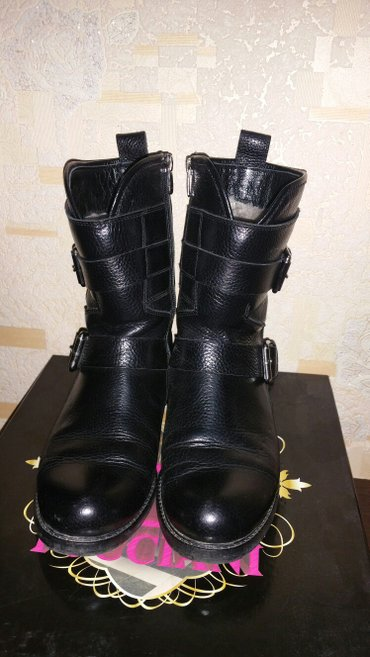 Продаю классные,кожанные сапожки.Пр.Турция.Зима,мех натуральный,плотны в Бишкек