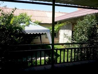 аренда квартир в бишкеке район восток 5 в Кыргызстан: Продам Дом 116 кв. м, 5 комнат