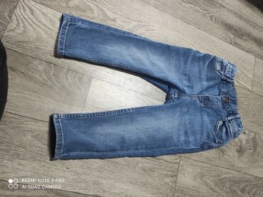 Фирменные джинсы 92 см примерно 1-2 года