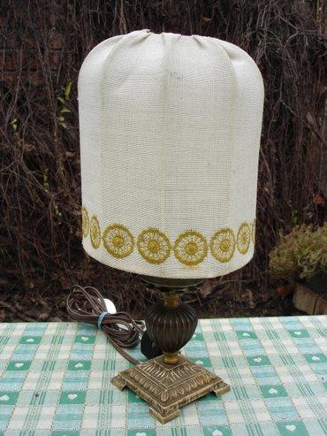 Starija stona lampa, donesena it nemačke. Lepo očuvana i potpuno - Novi Sad