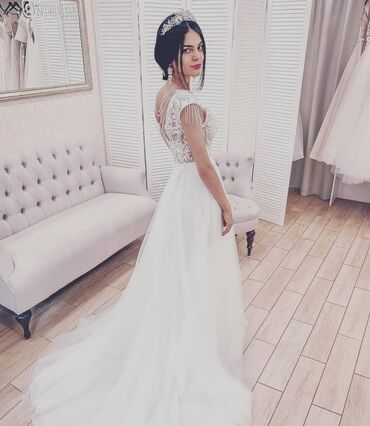Свадебные платья и аксессуары - Кыргызстан: Продается свадебное платье в стиле бохо. Коллекция