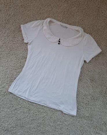 Majica dug - Srbija: Damska majica sa kragnicom i dugmicimaSuper se uklapa na suknje ili
