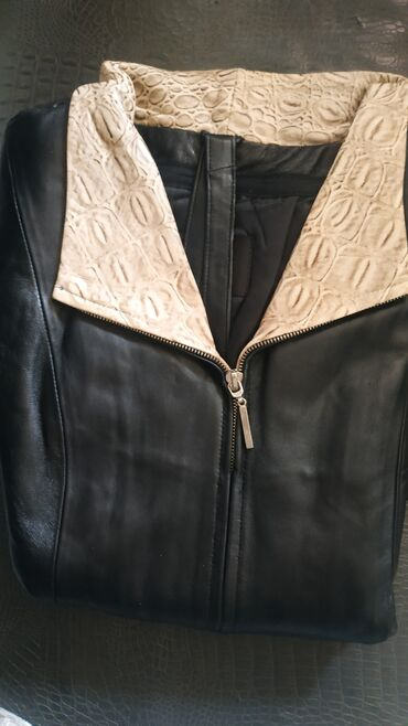 Плащи - Кыргызстан: Продаю новые кожаные плащи  Размер: XL, L (маломерки)