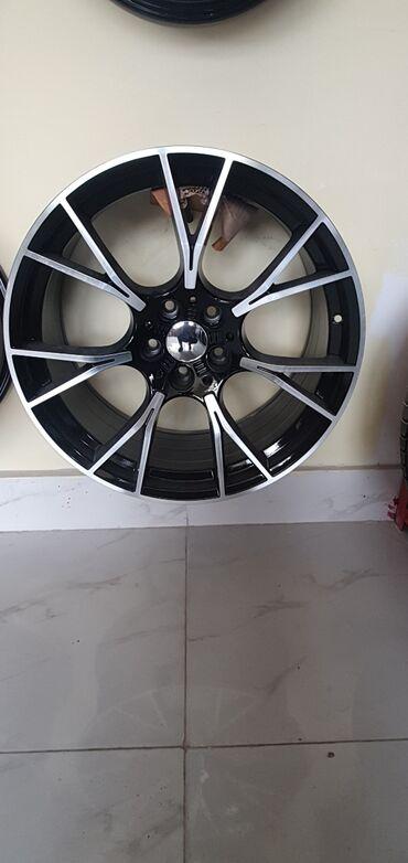 bmw disk - Azərbaycan: BMW f10 üçün 20 lik disk. Disk təzədir. Təkərlə 2000 di